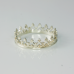THE QUEENS CROWN - RING