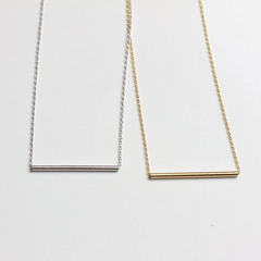 THIN TUBE BAR - NECKLACE