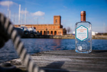 Load image into Gallery viewer, Copper Rivet Dockyard Gin