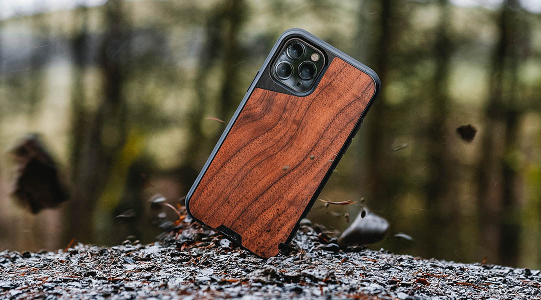 shockproof phone cases help prevent device damage to phone if dropped