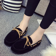 Load image into Gallery viewer, Autumn Winter Women Warm Flats Rubber Soft Round Casual Peas Flat Shoes