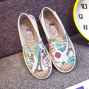 Womens Flat Shoes Fashion Print Canvas Platform Shoes Light Wear Breathable Slip On Shoes For Woman Round Toe Zapatos De Mujer