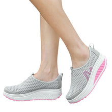 Load image into Gallery viewer, Fashion Shoes Women Mesh Flat Shoes Sneakers Platform Shoes Women Loafers Breathable Air Mesh Swing Wedges Shoe Breathable Flats