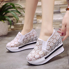 Load image into Gallery viewer, sneakers women 2018 paillettes  woman small size shoes platforms high heels ladies shoes with heels floral print#H3