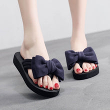 Load image into Gallery viewer, YOUYEDIAN Summer Women Beach Flip Flops Red Bow Slippers Women Casual Shoes Solid Flat Women Slippers Female Flip Flops