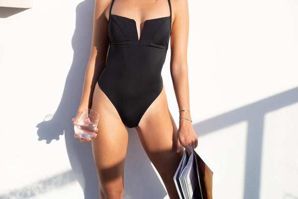 MIDNIGHT BLACK / ONE-PIECE SWIMSUIT