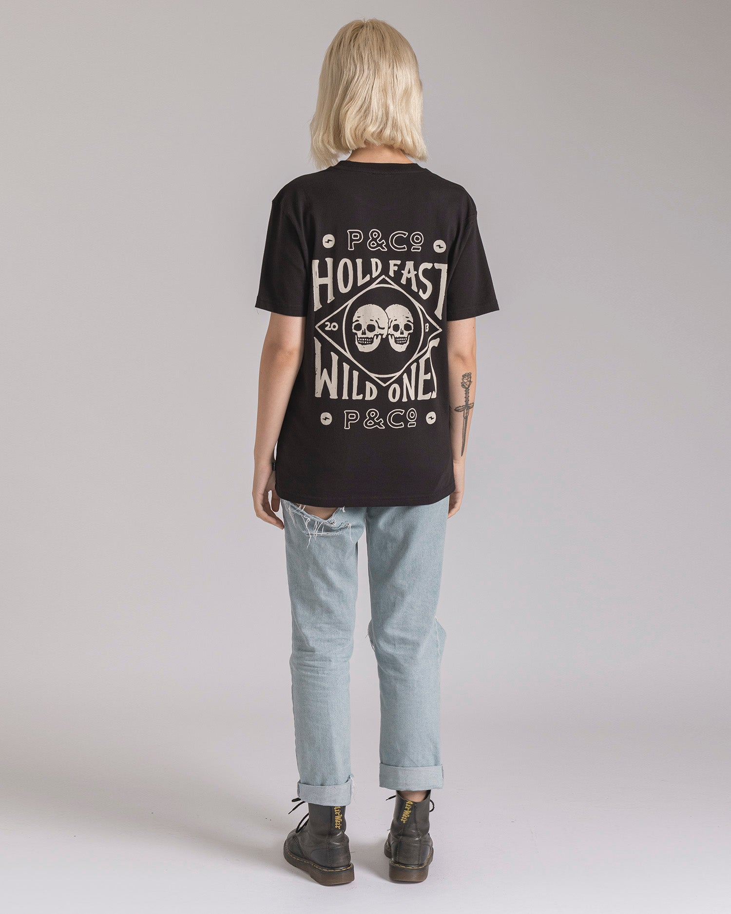 Hold Fast Skulls Oversized T-Shirt
