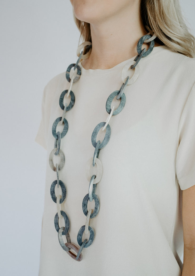 Grey linked necklace