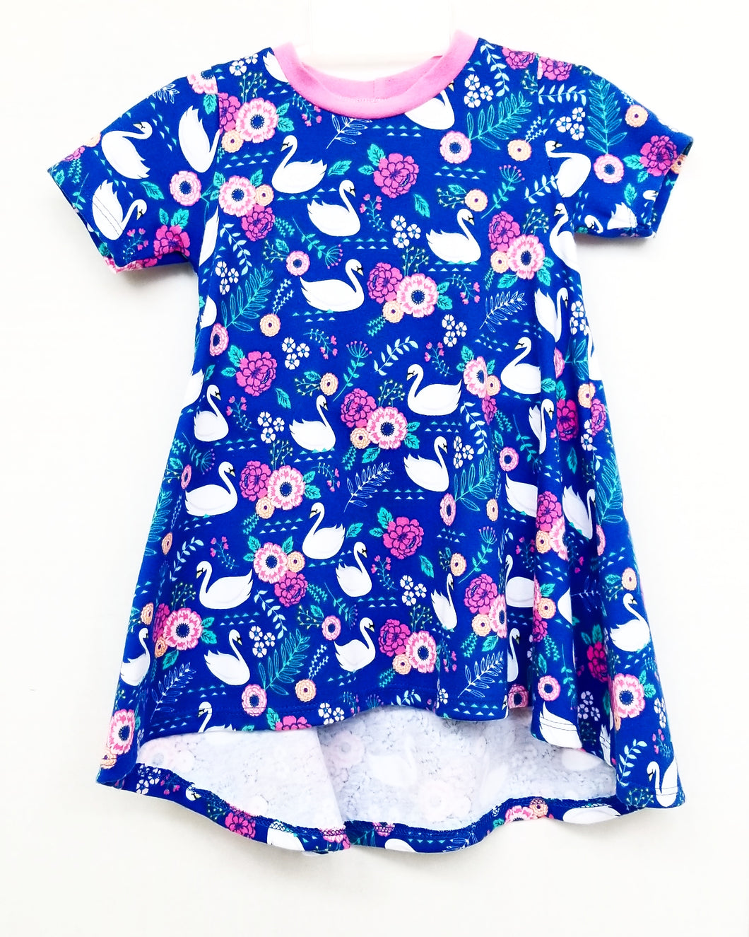 DribbleBabies - T-Shirt Dress (Swan)