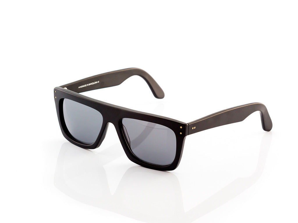 BLACK SUNGLASSES - OSCAR-MATTE - 100% UV PROTECTION - BY WILDE SUNGLASSES