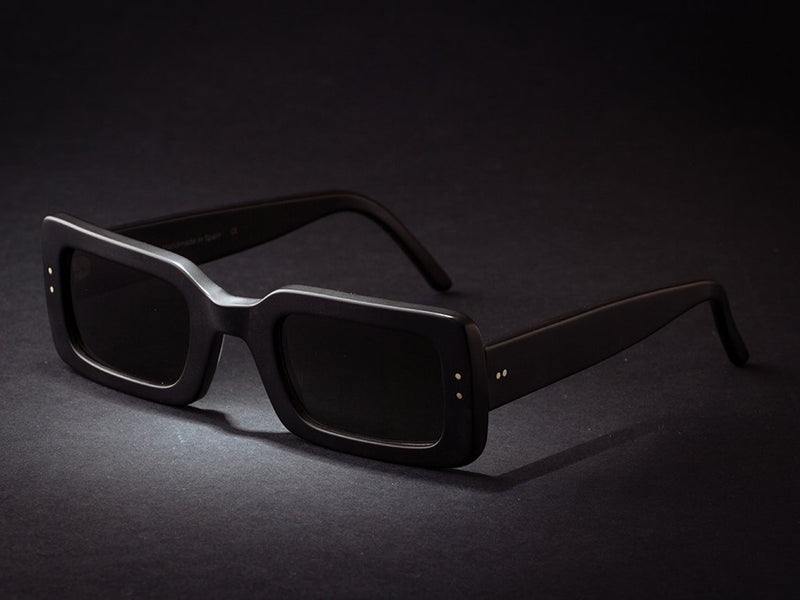 NEW MIAMI BLACK MATTE SUNGLASSES.