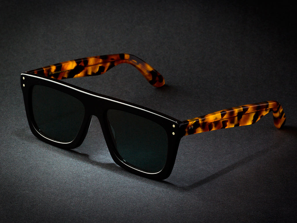 OSCAR SMALL / BLACK TIGER  BY WILDE SUNGLASSES