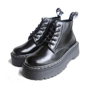 The combatboots shoes.