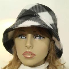 Fleece Cloche Super Soft Hat - Buffalo Plaid Black & White - NEW