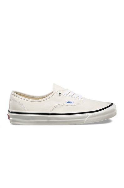 UA Authentic 44 DX white