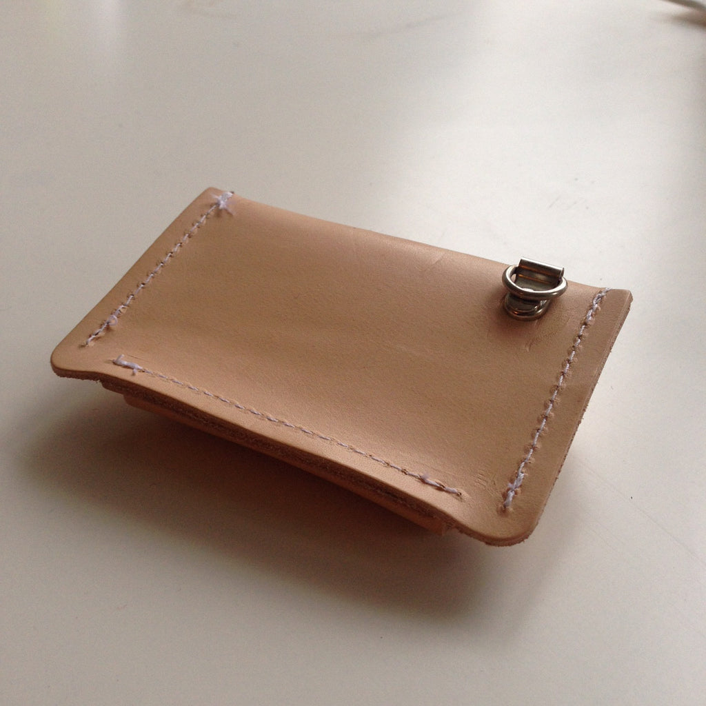 card sleeve leather | Malmo | kaart hoesje leer - studio ROWOLD