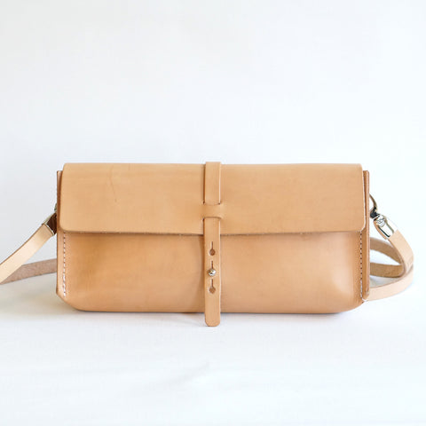 leather clutch/bag Uppsala -  tasje in leer -
