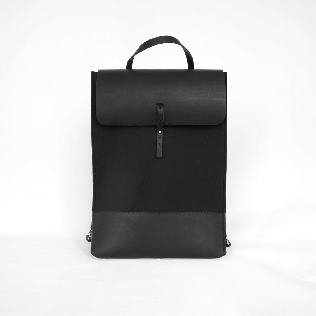 black, zwart, backpack, wool, leather,  felt, wol, vilt, rugtas, studio, ROWOLD