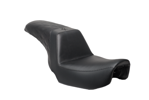 06-17 Black Carbon Diamond Dyna Seat