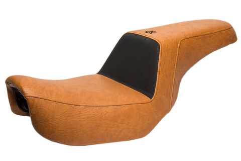 06-17 Dyna Light Brown Smooth Seat
