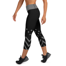 Load image into Gallery viewer, Black and gray Yoga Capri Leggings