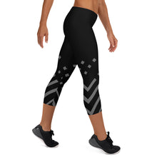 Load image into Gallery viewer, Black and gray Capri Leggings