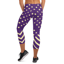 Load image into Gallery viewer, Violet and Yellow-ish Capri Leggings