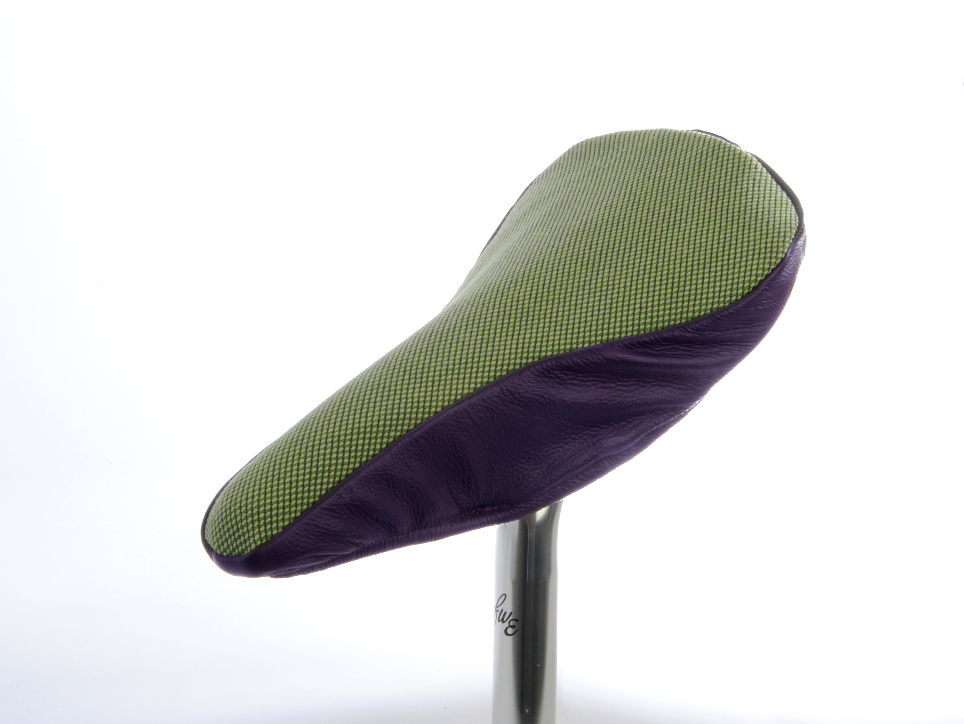 Aubergine II Saddle Cover - Upcycled Leather