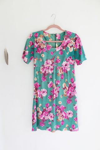 "The ""Drinks on Me"" floral vintage dress"