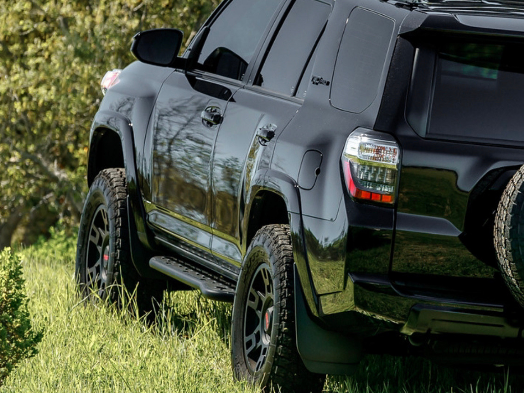 CaliRaised LED - STEP EDITION BOLT ON ROCK SLIDERS - Toyota 4Runner 5th Gen 2010-2021 - 4x4 Runners