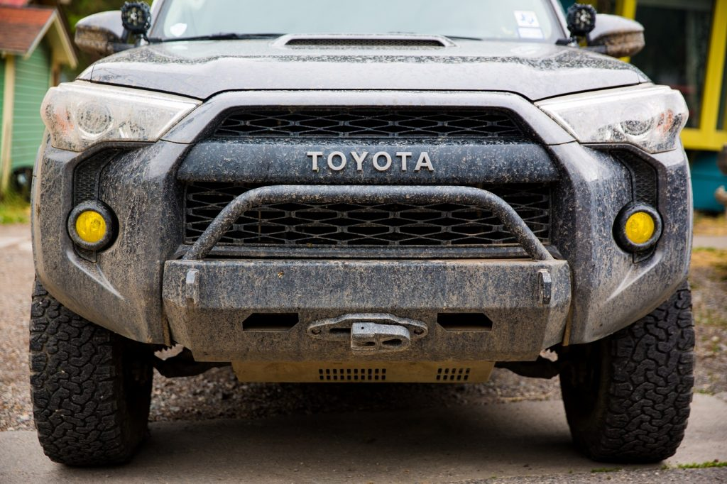 SLIMLINE HYBRID FRONT BUMPER WITH ACCESS HOLES - TOYOTA 4RUNNER 5TH GEN 2014-2020 - 4x4 Runners