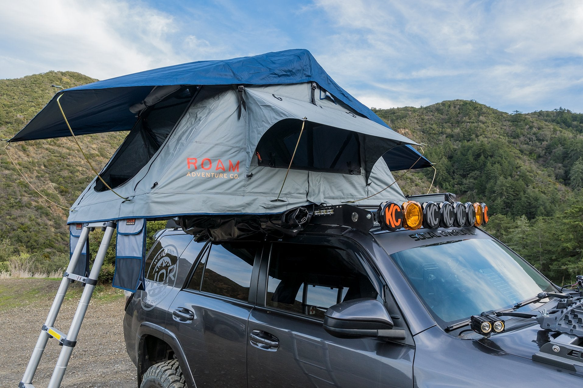 Roam Adventures - THE VAGABOND LITE ROOFTOP TENT