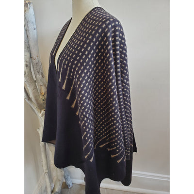 Super soft shawl/Cape/Ruana - Shop Jezebel's