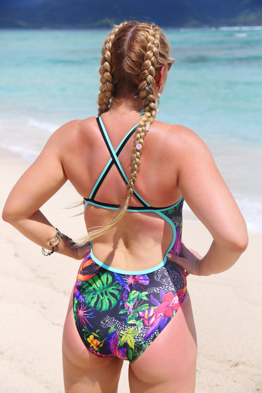 WILD TROPIC BLACK Straight One Piece
