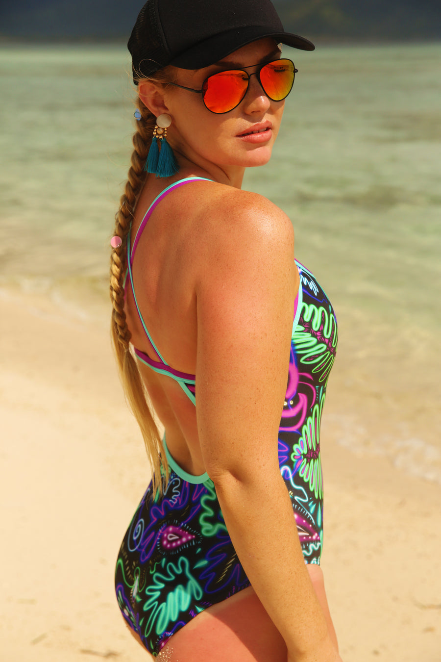 Trop it like it's HOT! Curve One Piece