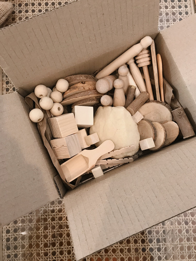 Timber loose parts play box