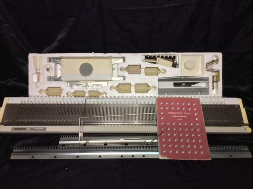 SILVER REED KNITTING MACHINE SK 860 + RIBBER SR 860 PACKAGE - machine4u - 2