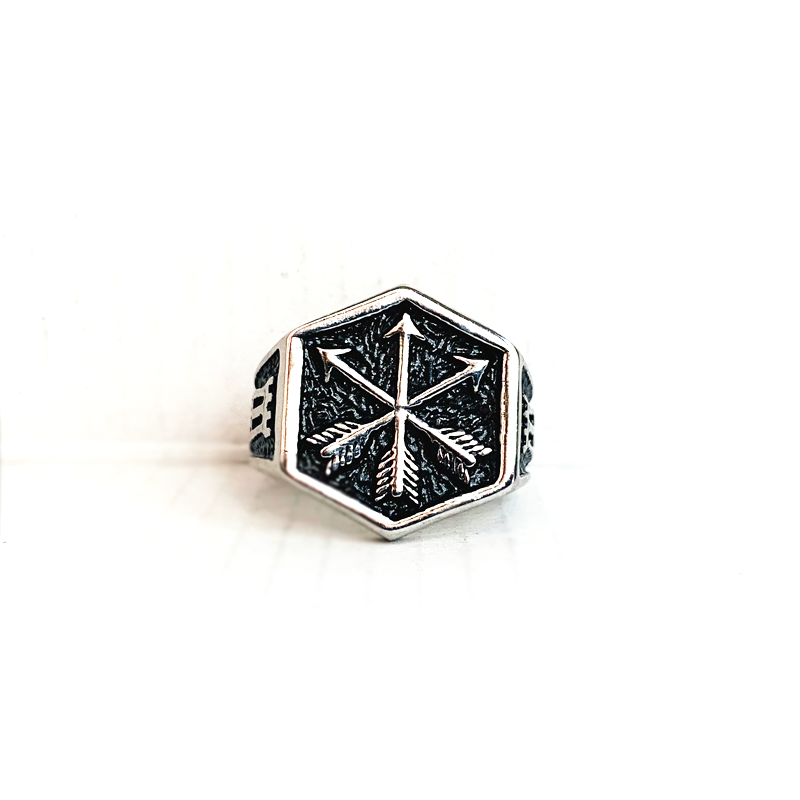 Arrows Ring
