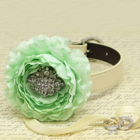 Mint Green Flower Ring Bearer Dog Collar, Pet Wedding, Puppy Love, Proposal, Beaded dogs collar