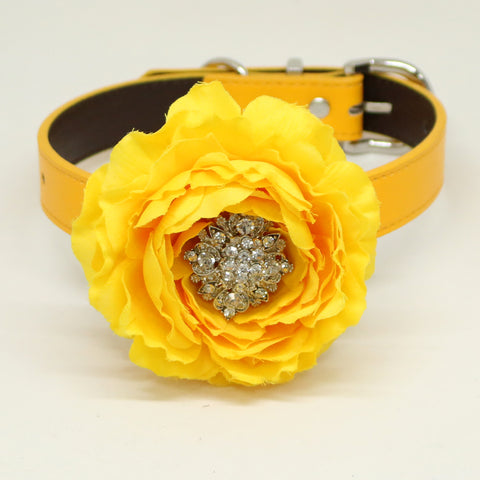 Yellow flower dog collar, Yellow leather dog collar, Girl collar, Wedding accessory, beaded Crystal dog collar, dog of honor, Handmade