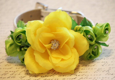 Yellow Green floral Dog Collar, floral Wedding Dog Accessory , Wedding dog collar