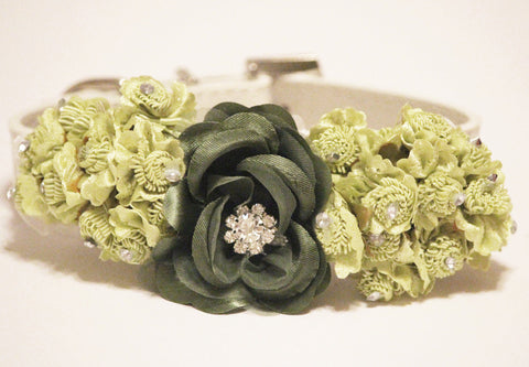Green Wedding Floral Dog Collars, Green floral wedding dog ideas