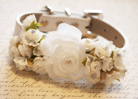 White Ivory Wedding Dog Collar with white flowers, Floral Wedding Collar
