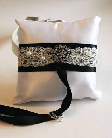 White and Black Victorian Ring Pillow, dog ring bearer collar , Wedding dog collar
