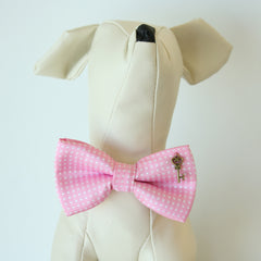 Aurora Pink Polka dots key heart bow, Small bow tie collar, Puppy Collar,Cat collar, Cat bow tie collar, Leather,Handmade,Cat bow,XS Collar,