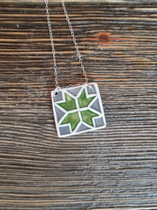 Barn Quilt Block Necklace - Green