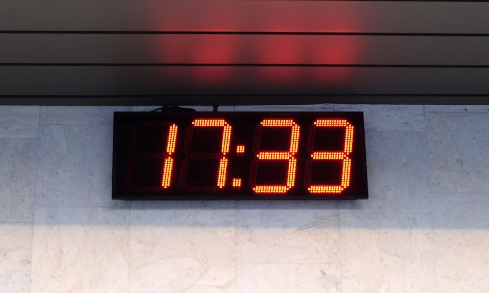 How To Reset Your Digital Wall Clock