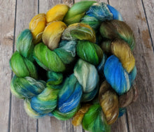 Load image into Gallery viewer, Minnow - merino/silk/flax blend