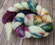 Load image into Gallery viewer, April showers - superwash merino sock fiber