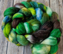 Load image into Gallery viewer, Fangorn forest- superwash merino/sparkle fiber